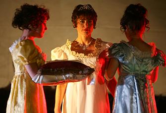 Premier empire, Joséphine et ses dames de compagnie